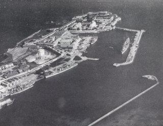 Bermuda for Phillips mercedes benz virginia beach